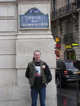 Najładniejsze zdjęcie użytkownika fuegoturbo - na Champs-Elysees 11.04.2009