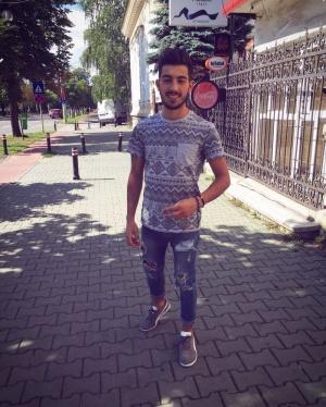 randki z rumuńskimi facetamipodpisuje się z nieudacznikiem