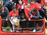 Mistrzowska parada United na ulicach Manchesteru - MANCHESTER UNITED - OD KOŁYSKI AŻ PO GRÓB - zdjęcie 70801114