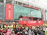 Mistrzowska parada United na ulicach Manchesteru - MANCHESTER UNITED - OD KOŁYSKI AŻ PO GRÓB - zdjęcie 70801148