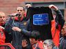 Mistrzowska parada United na ulicach Manchesteru - MANCHESTER UNITED - OD KOŁYSKI AŻ PO GRÓB - zdjęcie 70801162