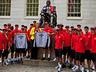 Wizyta United na Uniwersytecie Harwarda! - MANCHESTER UNITED - OD KOŁYSKI AŻ PO GRÓB - zdjęcie 72774697