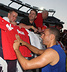 Trening przed pierwszym meczem w USA - MANCHESTER UNITED - OD KOŁYSKI AŻ PO GRÓB - zdjęcie 72775054